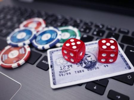 Pokercc Online: новый способ заработать на игре в покер